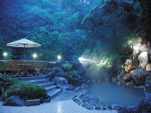 【風呂】渓流沿いに佇む良質泉の露天風呂