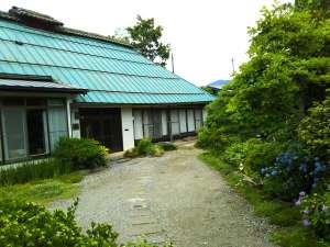ゲストハウス「古民家の宿梨本軒」施設全景