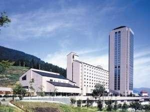 越後湯沢温泉 ガーデンタワーホテル施設全景