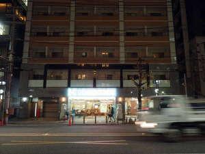 ゲストハウス花 祇園四条店施設全景