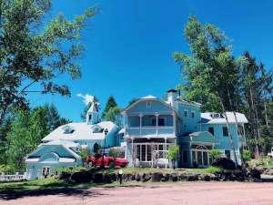 青空の扉 犬と泊まれるプチホテル施設全景