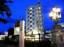 松本城5分 「蔵の街 中町」にあるホテル池田屋